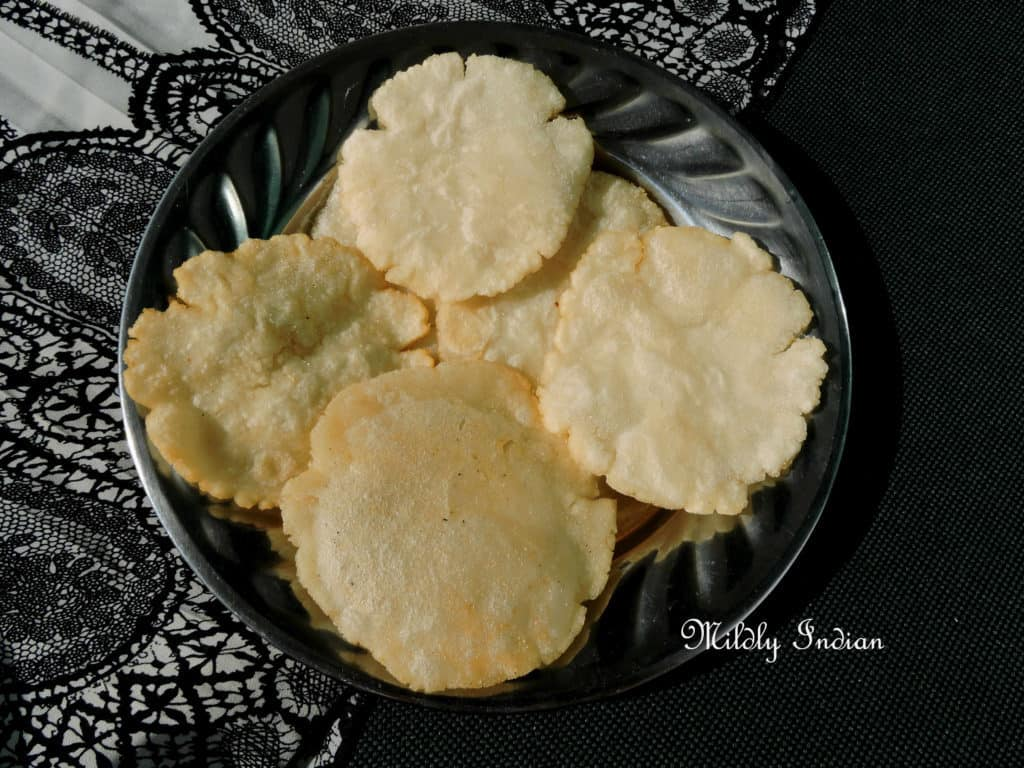 Chattisghar rice flour poori